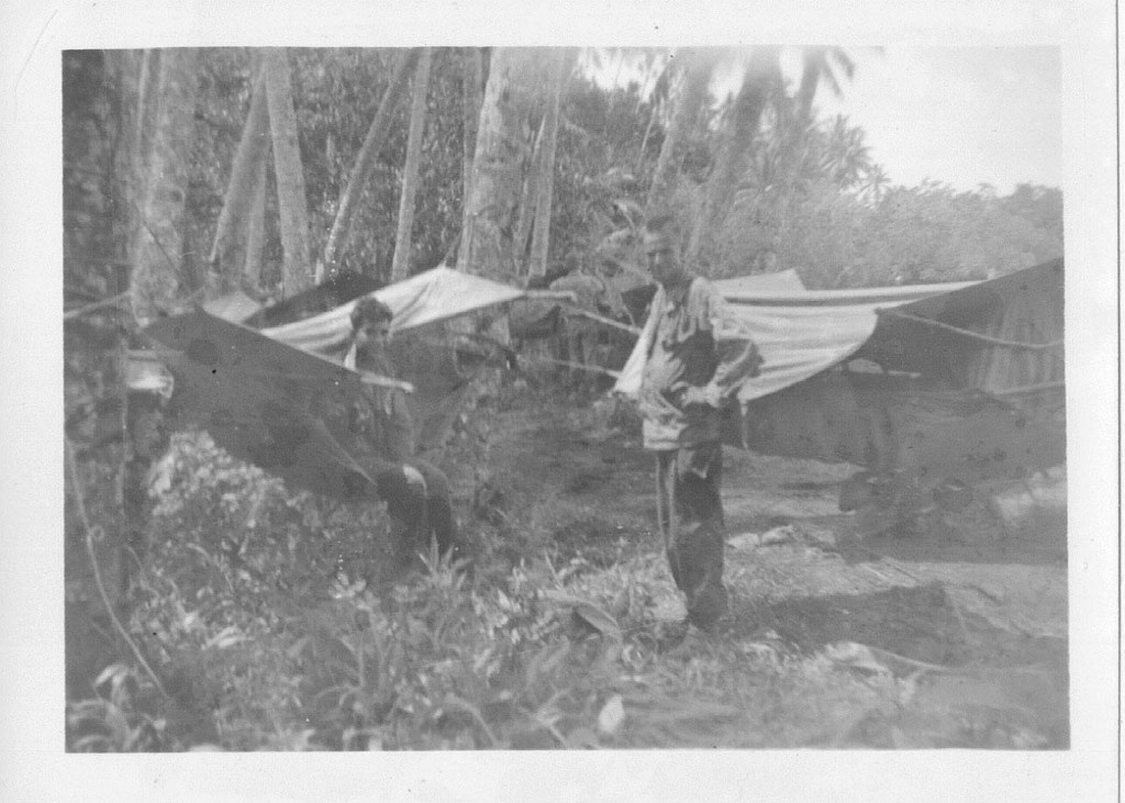 30_Milne_Bay_Cipriano_Torres_and_Herb_Gray_with_their_hammocks
