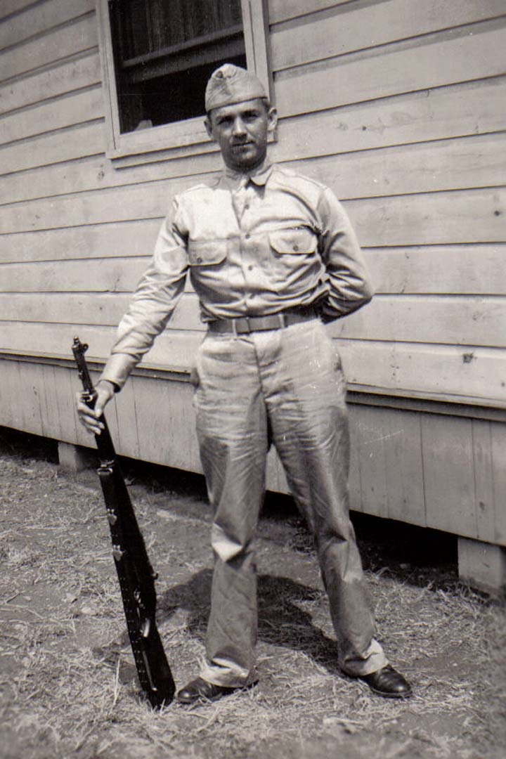 A03 Ft_ Leonard Wood_ MO - Tom Fallen in dress khakis