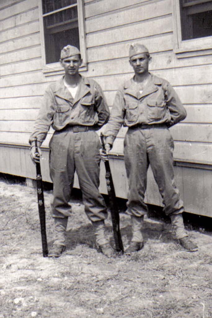 A04 Ft_ Leonard Wood_ MO - Lou Murrin and Tom Fallen in fatigues