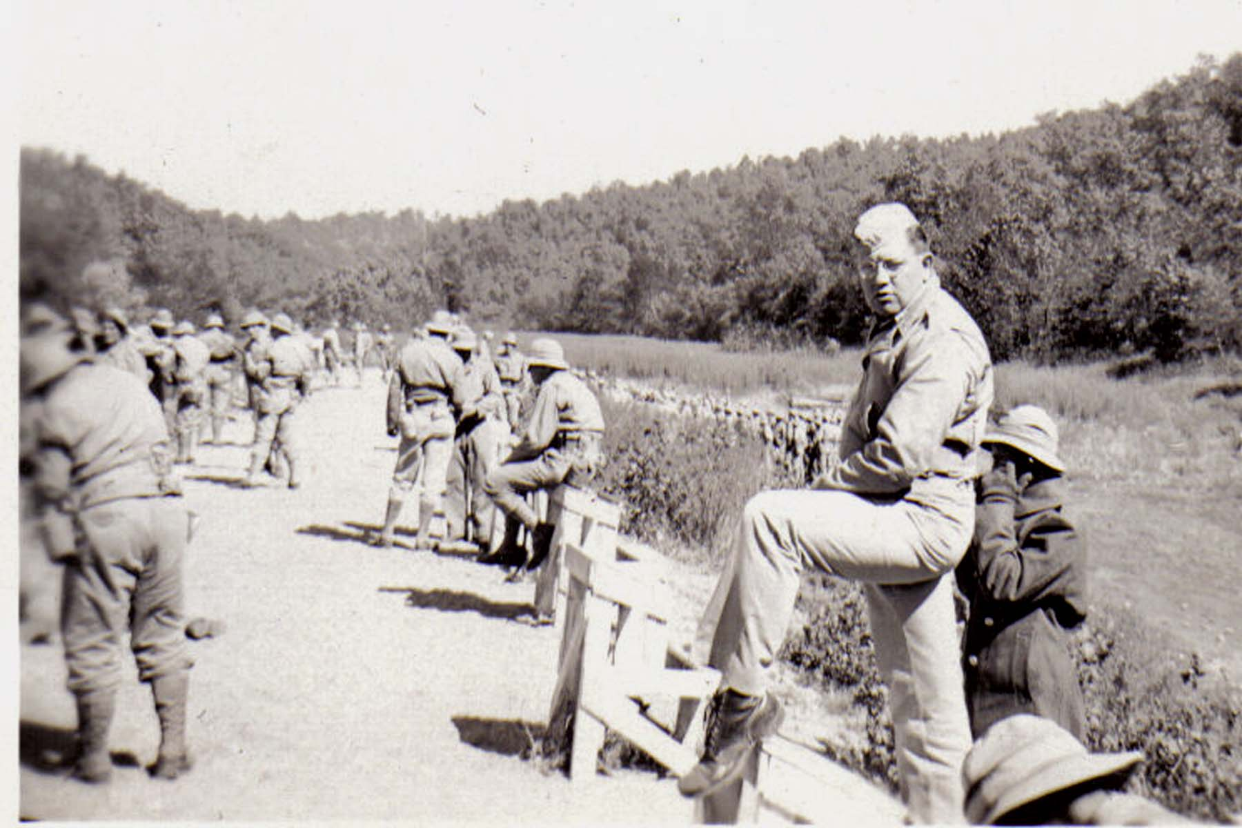 A23 Ft_ Leonard Wood_ MO - Captain Jack Lyman the battalion CO on the firing line